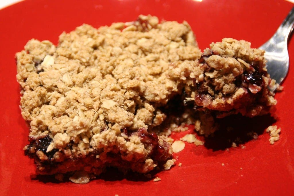 Jam Bars with Currant Preserves in the Middle