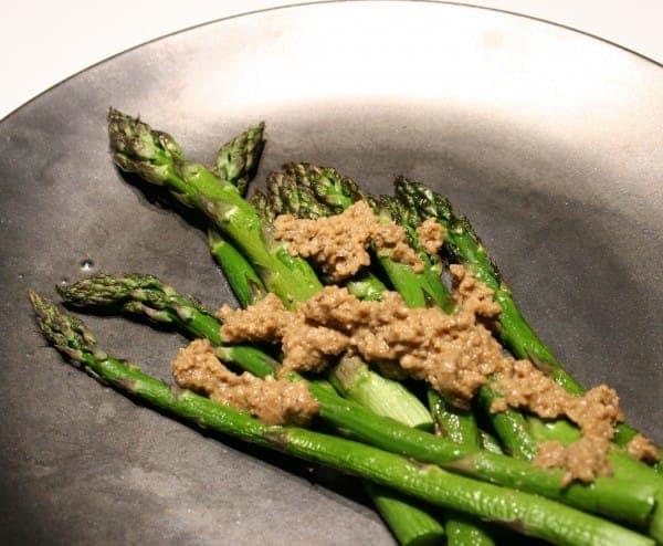 Broiled Asparagus with Walnut Sauce