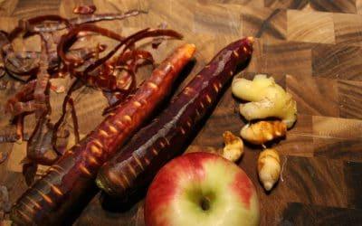 Save My Skin! Fresh Turmeric-Carrot Tonic