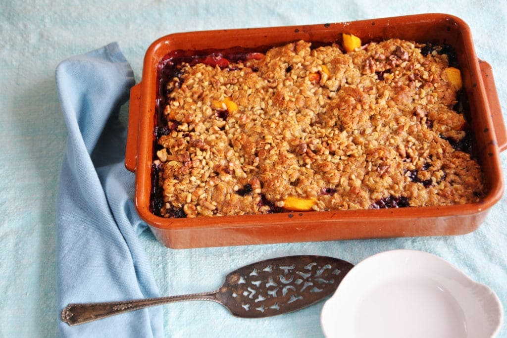 Keep it simple with peach and berry crisp