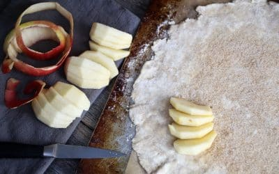 It's Time To Bake an Apple Raspberry Galette