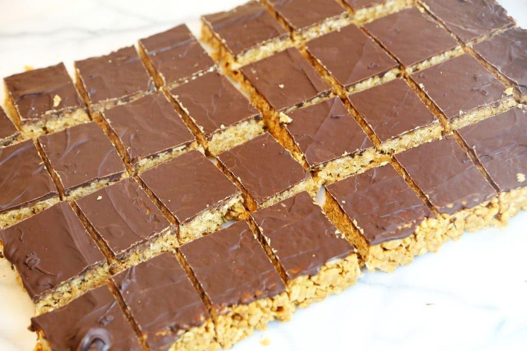 Vegan Peanut Butter Crispy Bars